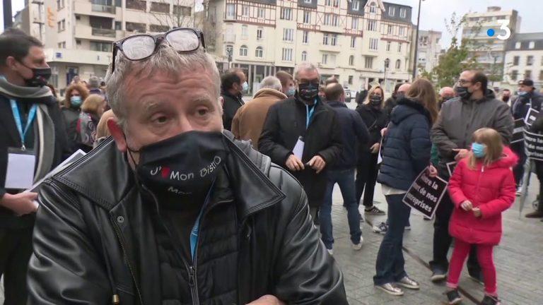 Tyrannie sanitaire. Hôteliers et restaurateurs manifestent à Saint-Brieuc