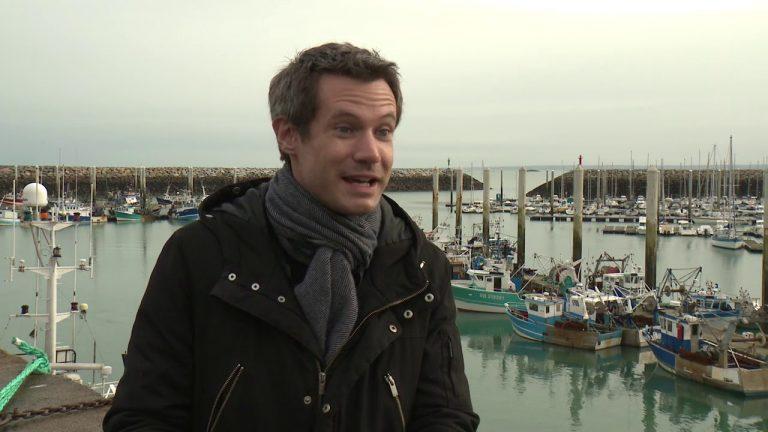 Une semaine après l'accord sur le Brexit, deux députés européens rencontrent les pêcheurs bretons.