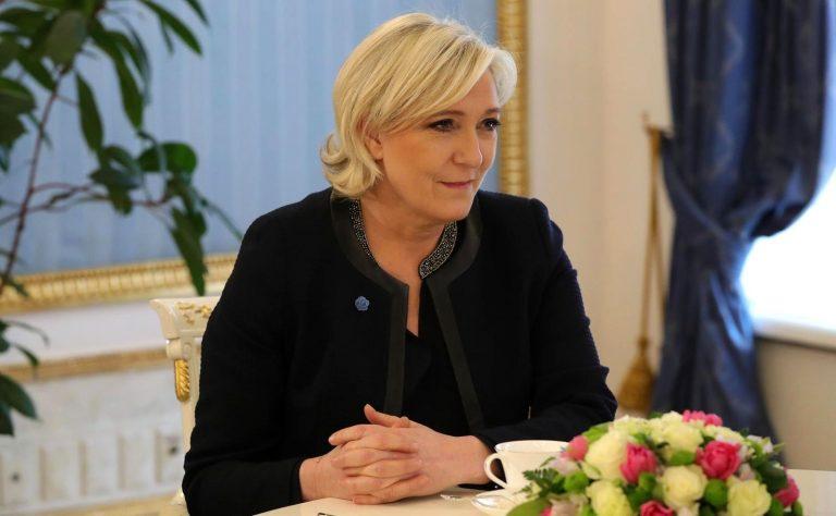 Marine Le Pen est-elle vraiment leader de l'opposition politique au système ? [L'Agora]