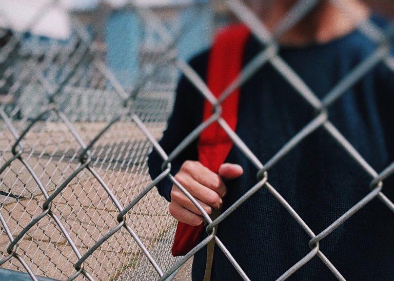 Un élève de 7 ans radié de son école parce qu'il ne supportait pas le port du masque
