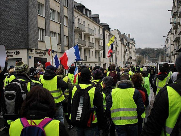 Les « Gaulois réfractaires » ont-ils renoncé à lutter contre Macron ?