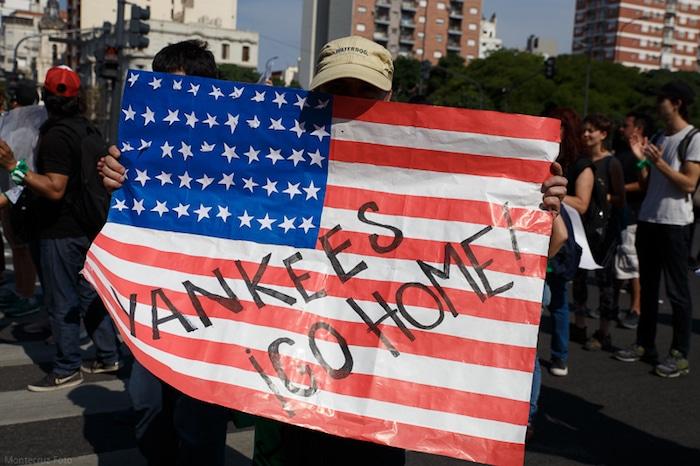 Face à la guerre économique, idéologique et culturelle que nous mènent les USA, plus que jamais, Yankees go home ! [L'agora]