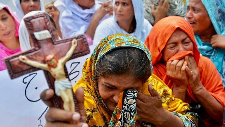 Pakistan. Un musulman viole et séquestre une fillette chrétienne de 12 ans pour la marier de force