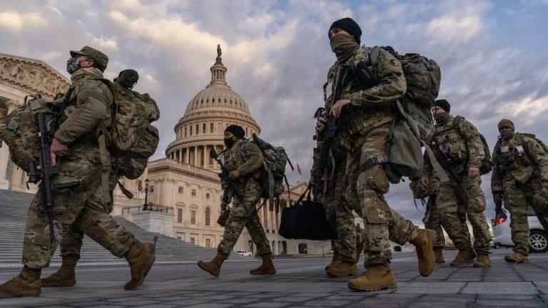 USA. L'administration Biden lance une nouvelle chasse aux sorcières dans l'armée américaine