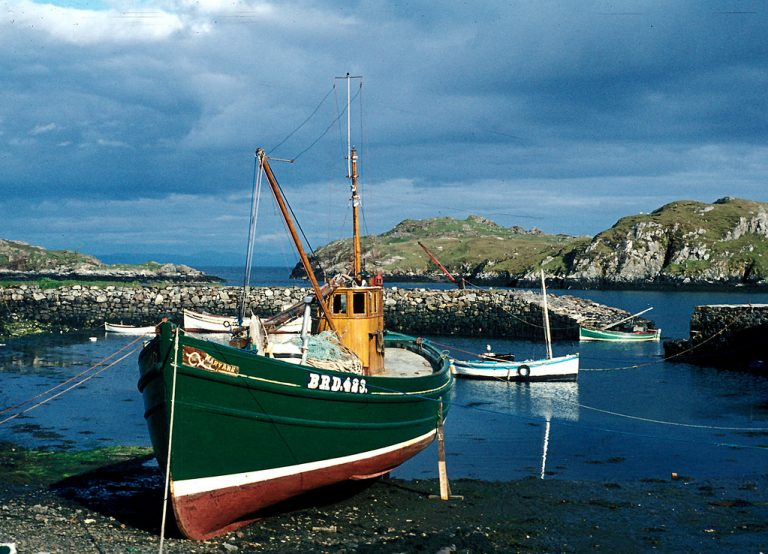 Écosse. Entre mythologie maritime et défense de la langue, un film en gaélique sur les pêcheurs des îles Hébrides [Vidéo]