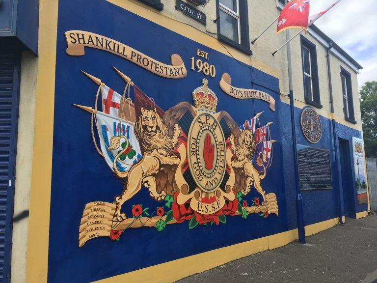 Irlande du Nord. Arlène Foster (DUP) a rencontré des représentants de groupes loyalistes