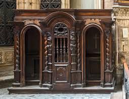 Le confessionnal,  de la Mayenne à la Sarthe, en passant par Rennes et Saint-Nazaire