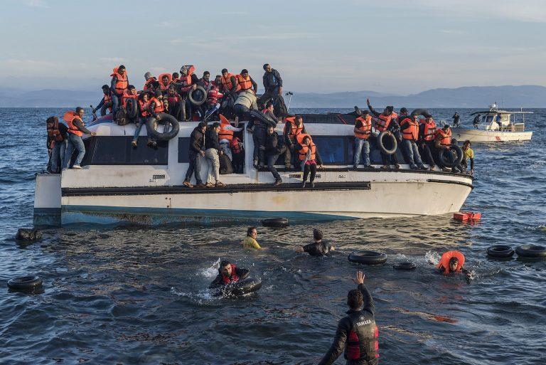 « Il y a trop d'immigrés en France ». Un constat partagé par 60% des Français ? Le sondage explosif du Cevipof