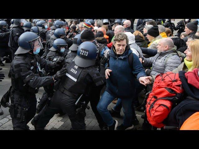 Allemagne. Des affrontements lors de manifestations contre les mesures de confinement [Vidéo]