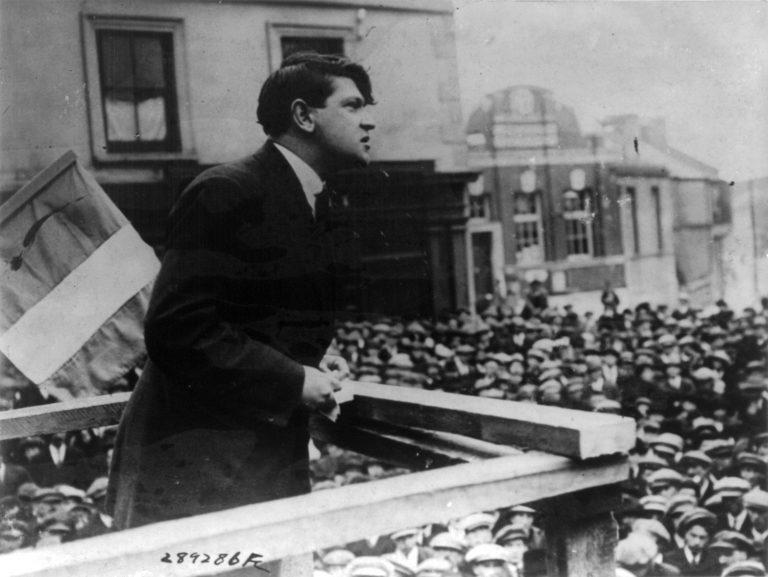 Alexandra Maclennan (Histoire de l'Irlande de 1912 à nos jours) : « En 1916, les nationalistes révolutionnaires étaient encore très minoritaires » [Interview]