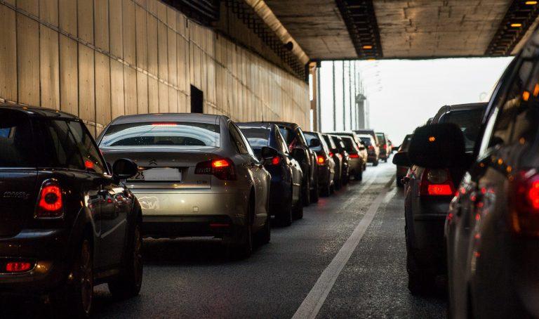 Trajets domicile-travail : en Bretagne, la voiture largement plébiscitée par les actifs
