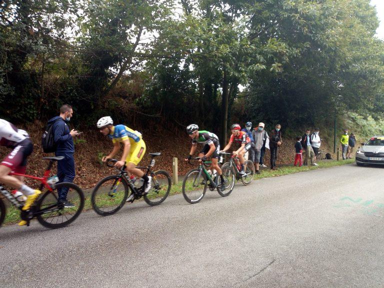 La «Flèche bigoudène ». Une course cycliste en Pays Bigouden le 9 mai