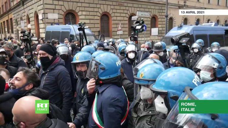Les restaurateurs italiens poursuivent leur mobilisation contre les restrictions liées au Covid-19