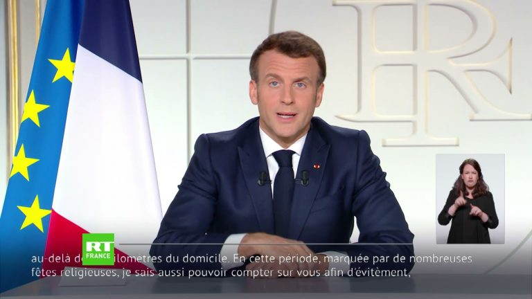 Ecoles fermées, déplacements limités….Emmanuel Macron poursuit sa politique de tyrannie sanitaire