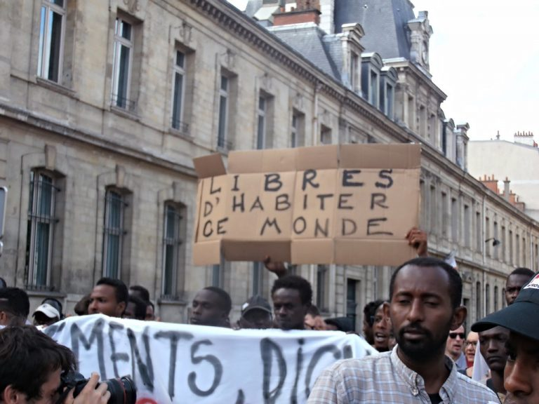 Michel Geoffroy : « Nos concitoyens ont parfaitement conscience que l'assimilation ne fonctionne plus et que l'immigration tourne à la catastrophe » [Interview]