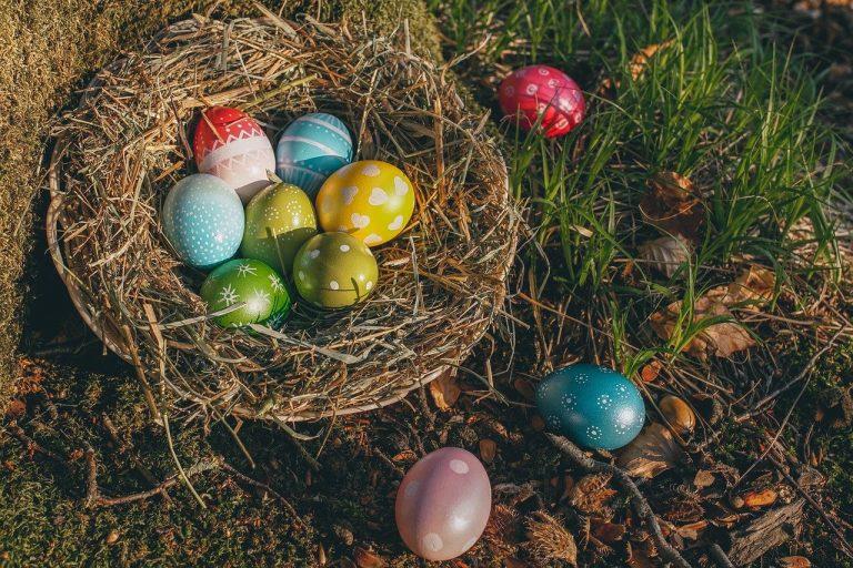Des oeufs de Pâques. Oui mais pourquoi ?
