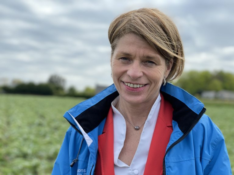 Isabelle Le Callennec (Hissons haut la Bretagne) : « être la région du plein emploi durable, d'une transition écologique aboutie, d'une cohésion sociale à toute épreuve » [Interview]