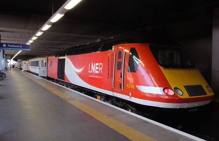 Royaume-Uni. Une compagnie ferroviaire supprime la formule « ladies and gentlemen » de ses annonces pour ne pas offenser les passagers « non binaires »