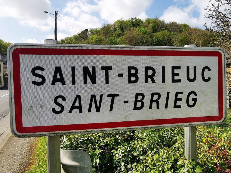 Sant-Brieg evit ar brezhoneg hag ar gallaoueg