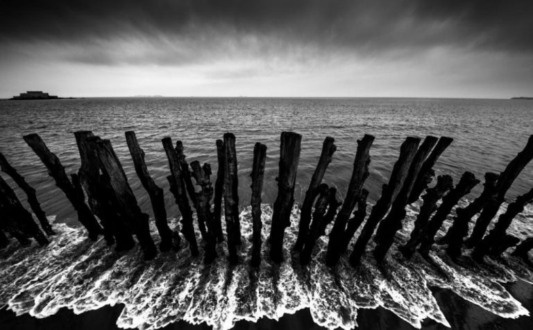 Les Cris de Saint-Malo. 500 brise-lames malouins au coeur d'une exposition photo