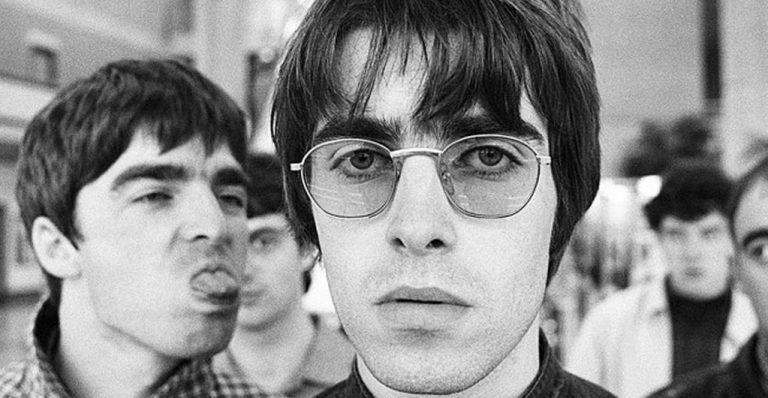 Nico Prat – Benjamin Durand : « La victoire d'Oasis se situe dans un soft power mainstream par delà les classes sociales et les petites chapelles habituelles des spécialistes du rock » [Interview]