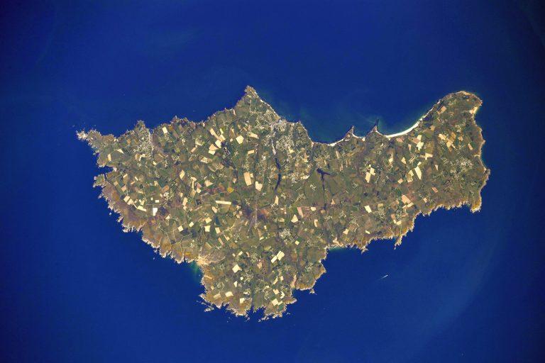 Belle-Île en mer vue de l'espace. Merci Thomas Pesquet