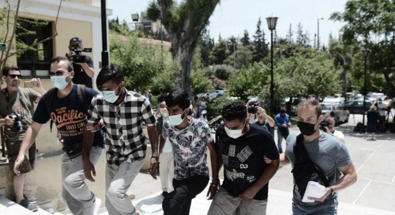 Grèce : une femme enceinte et handicapée violée par un Afghan, puis par des passants pakistanais à qui elle demandait de l'aide