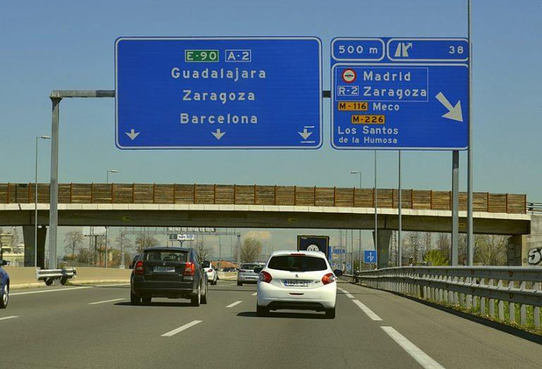 Conduire à l'étranger. Quelles suites en cas d'infraction routière ?