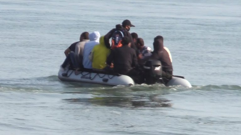 Royaume-Uni. Des centaines de clandestins ont traversé la Manche depuis la France ces derniers jours