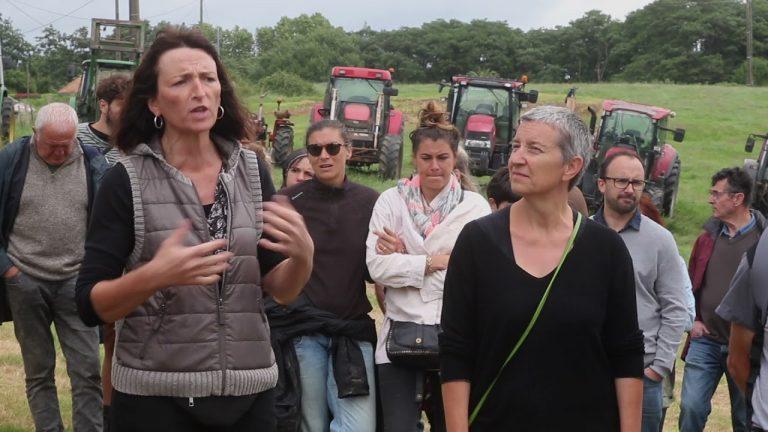Pays Basque: Manifestation d'agriculteurs en tracteurs contre la spéculation immobilière