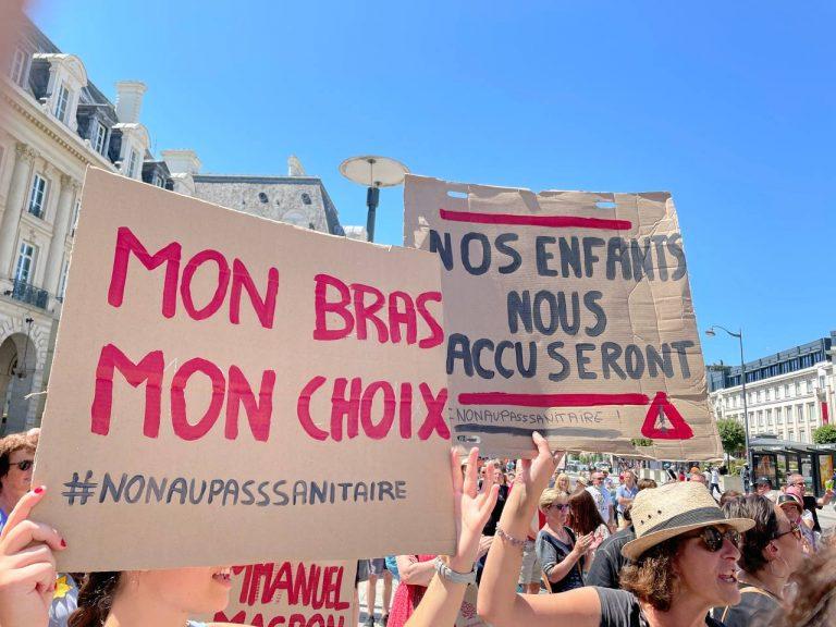 Tyrannie sanitaire. 150 000 à 200 000 personnes dans les rues de France