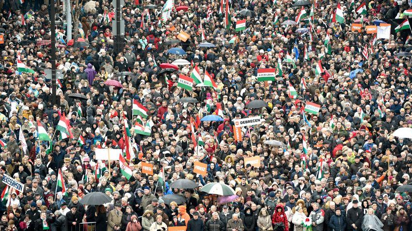 Les Hongrois d'aujourd'hui sont les dignes successeurs des héros de 1956